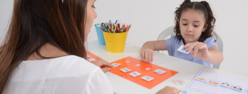 O que é Aba software para autistas Aplicativo para Autismo Aplicativo para autistas o que é aba ABA para autismo ABa para autista Autismo Leve Autismo Severo Autismo Brasil ciência ABA aba autismo sintomas autismo lei para autistas jogos para autista programas para autista Transtorno do Espectro Autista TEA